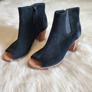 Toms Black Suede Leather Majorca Open Toe Booties